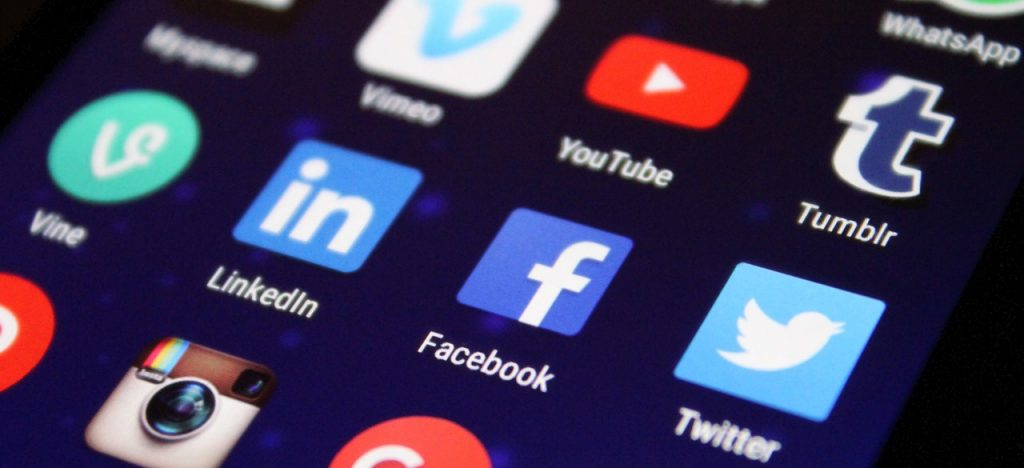 Image of social media buttons